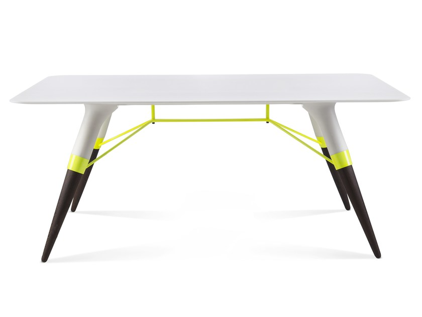 Rectangular Corian® coffee table T / SMALL by dsignedby