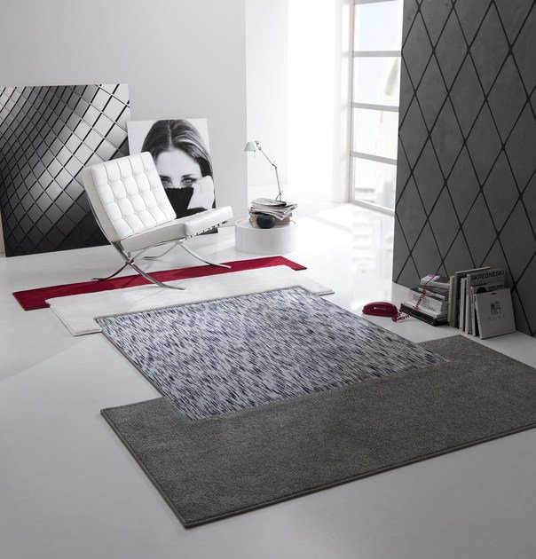 Handmade fabric rug NEW FEELINGS T1404CVKC by Besana Moquette