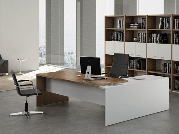 Executive desk with shelves T45 | Office desk with shelves by Quadrifoglio