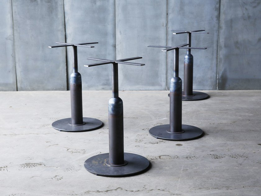 Metal table base APOLLO | Table base by Heerenhuis