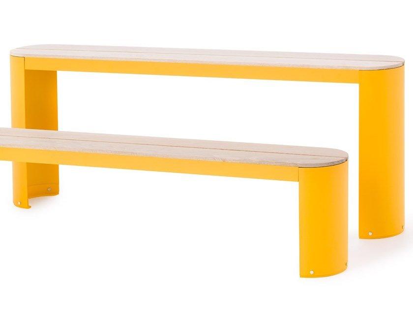 Powder coated steel Table for public areas URBAN PLAY | Table for public areas by Nola Industrier