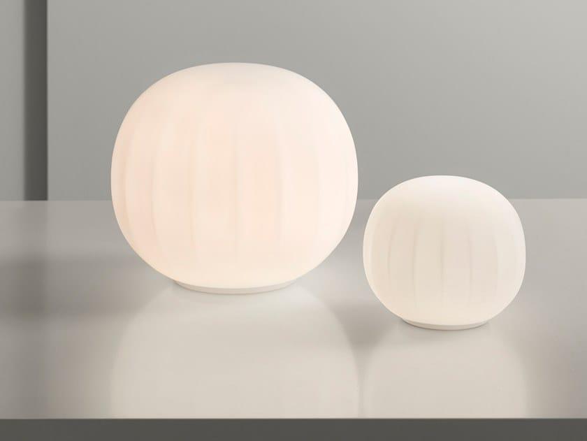 Lampada da tavolo a LED in vetro soffiato LITA | Lampada da tavolo by LUCEPLAN