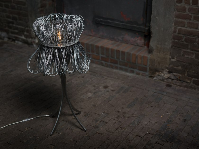 LED metal table lamp CLOCHE | Table lamp by Quasar