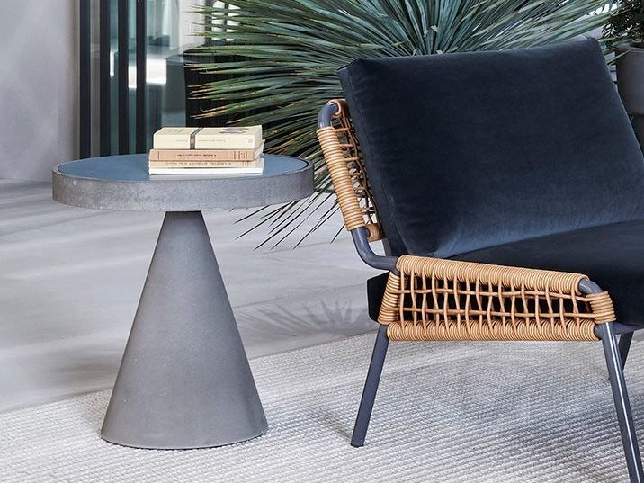Low coffee table CONE by Meridiani