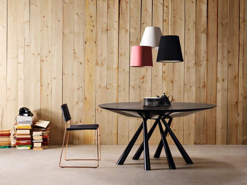 Tavolo rotondo in legno impiallacciato FOREST | Tavolo rotondo by Midj