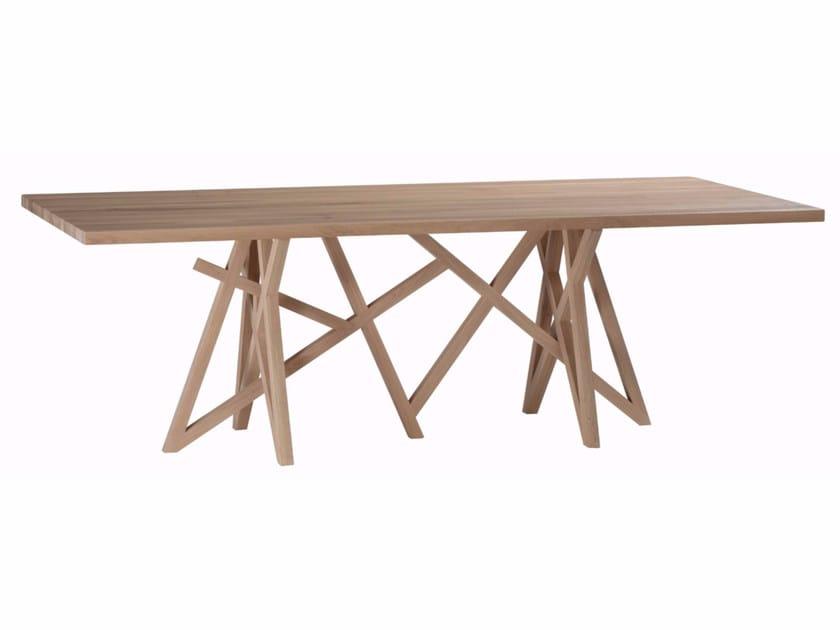 Saga table collection saga by roche bobois design for Roche bobois table salle a manger