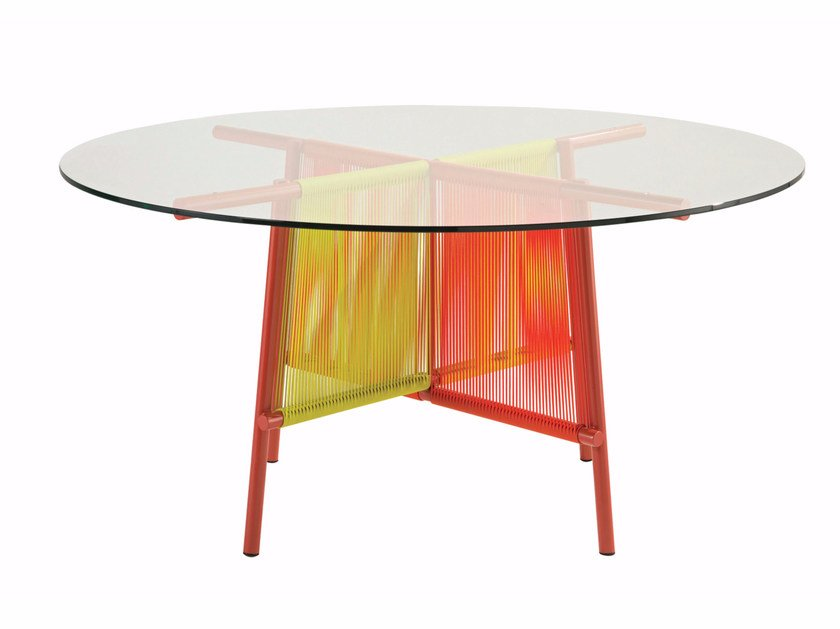 Round garden table THE TRAVELER | Round table by ROCHE BOBOIS
