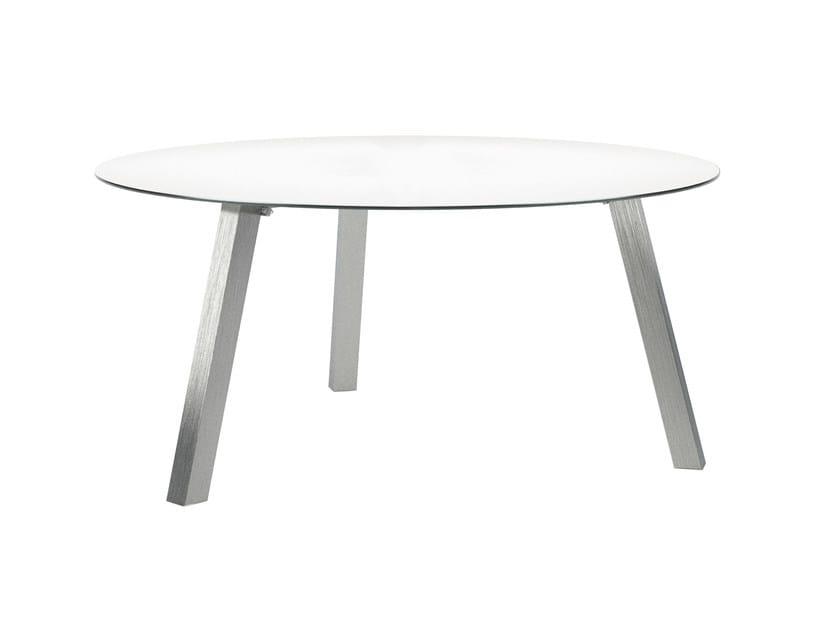 DISCUS | Table By Royal Botania design Kris Van Puyvelde