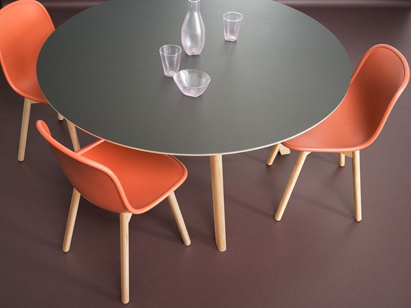 Linoleum table Top Table by Forbo