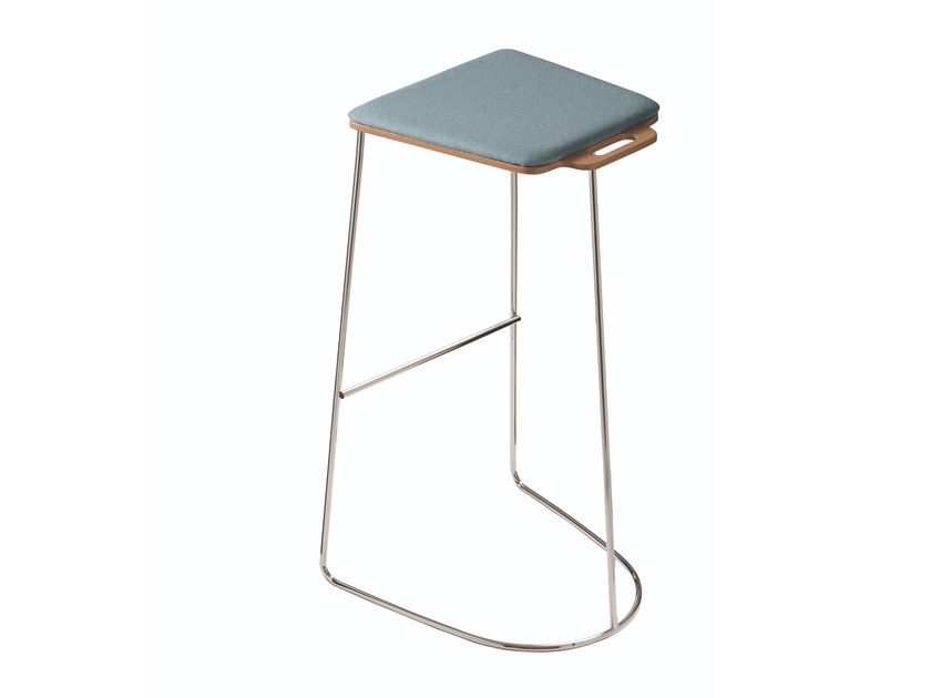 High stool with integrated cushion TAC 533P by Capdell