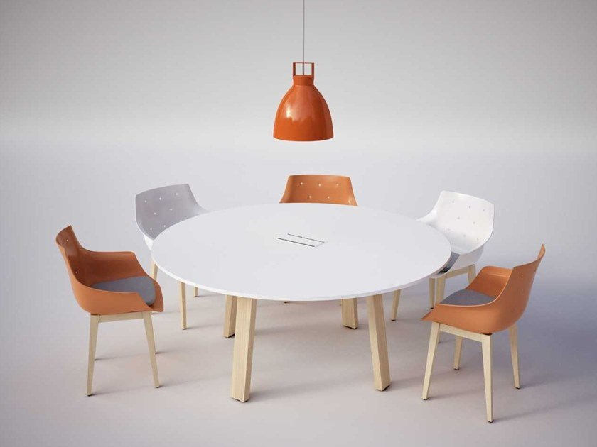 Meeting table with cable management TAKE OFF EVOLUTION COUNTRY | Meeting table by Bralco