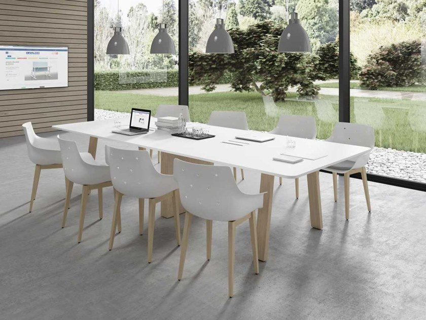 Meeting table with cable management TAKE OFF EVOLUTION COUNTRY | Rectangular meeting table by Bralco