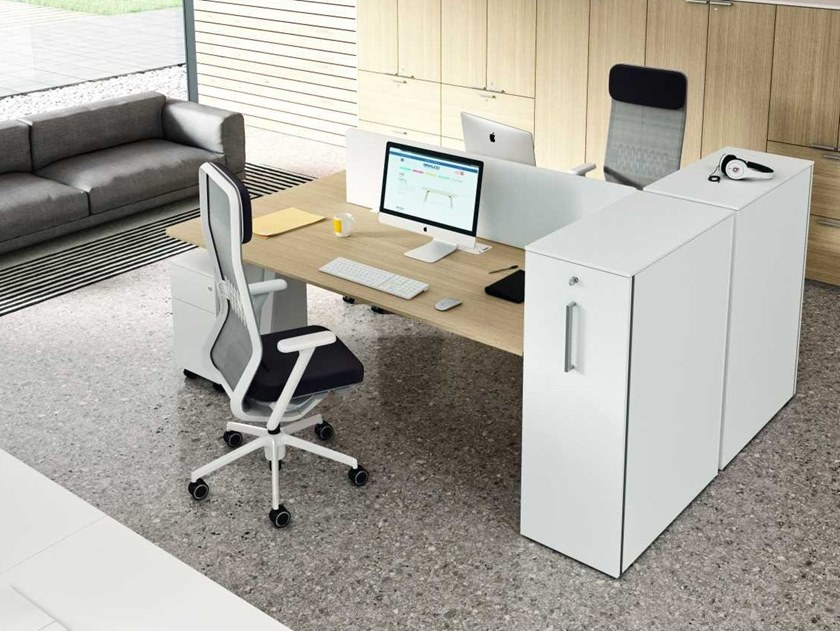Office workstation with shelves with cable management TAKE OFF EVOLUTION EVO | Office workstation with desk screens by Bralco