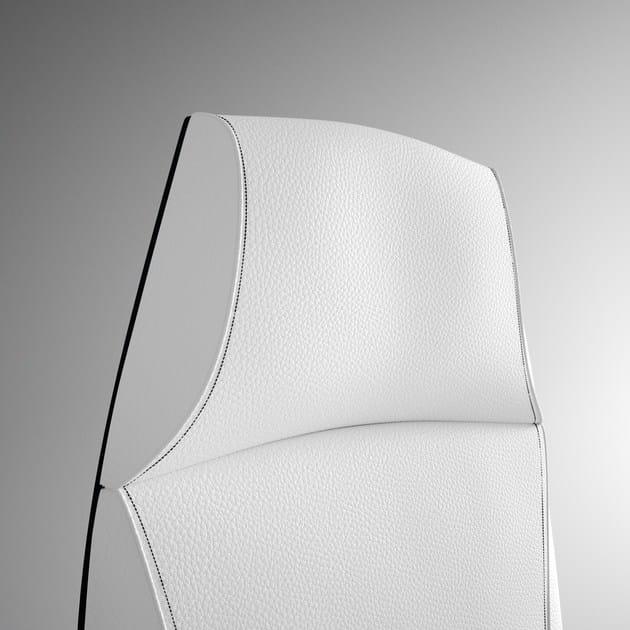 """TAO Poltrona ufficio direzionale con schienale alto - Particolare poltrona direzionale alta - Impunture e schienale in colore Bianco""""Polvere di Luna"""""""