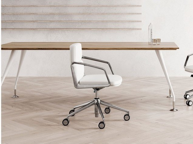 Task chair with 5-Spoke base with casters LEAD | Task chair by Las Mobili