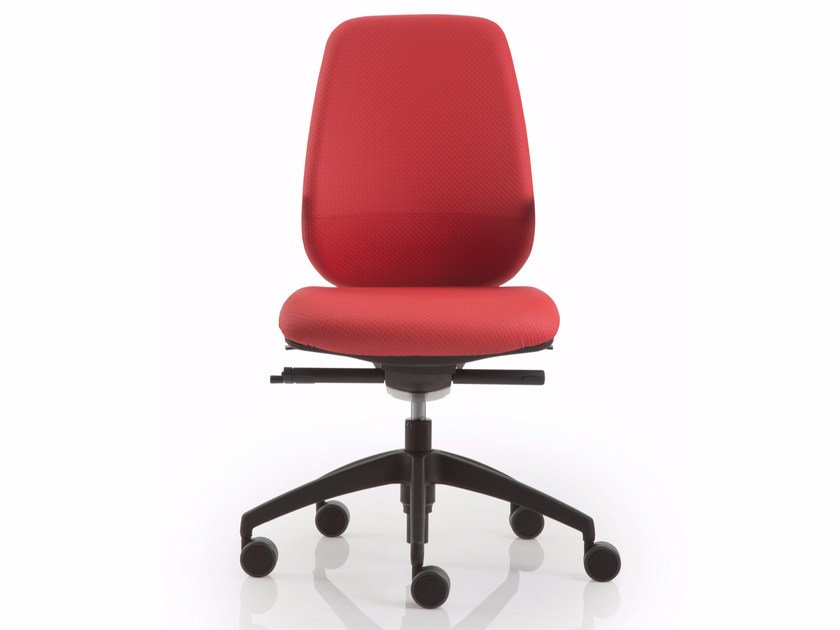 Task chair with 5-Spoke base with casters PRATICA | Task chair by Luxy