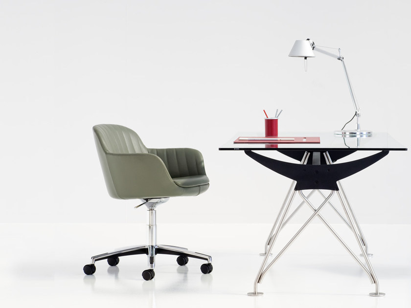 Leather task chair with armrests with casters 421/425 | Task chair by Polflex