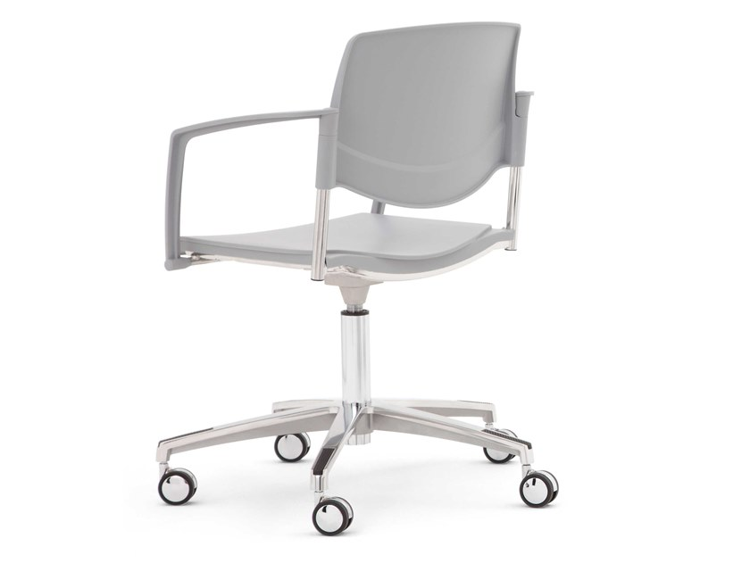 Task chair with 5-Spoke base with armrests SUNNY NEW | Task chair with armrests by Diemme