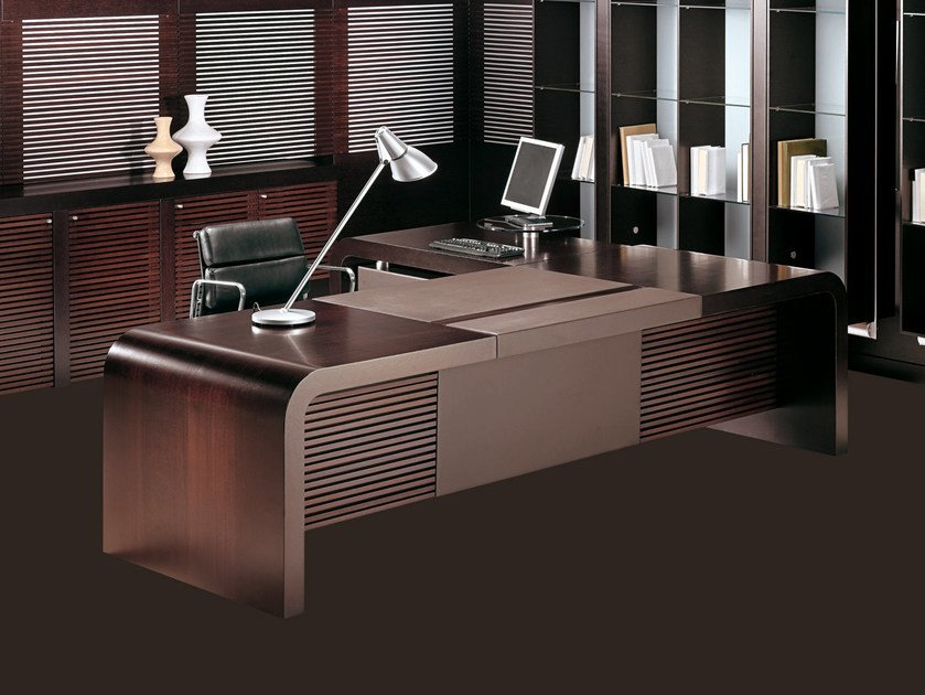 Sectional executive desk TAU | L-shaped office desk by ARTOM by Ultom