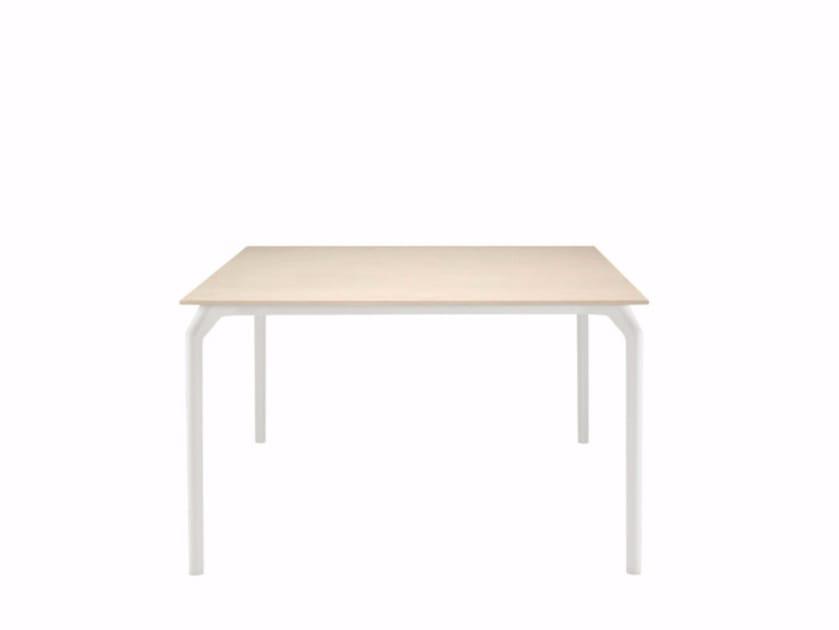 Square table TEC 800 - 630 | Square table by Alias