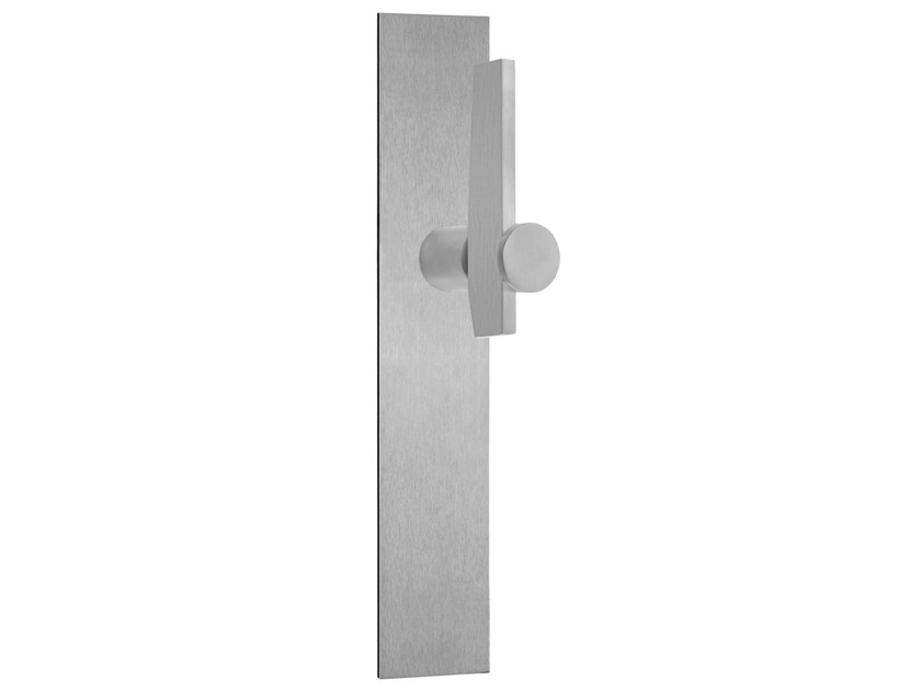 Stainless steel door handle with brushed finishing on back plate TENSE BB105P236 | Door handle by Formani