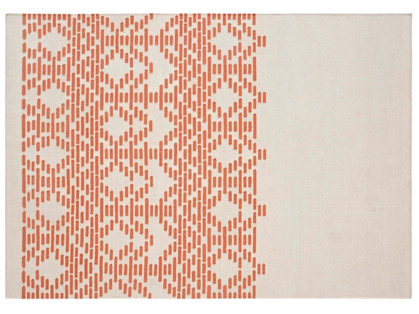 Handmade rectangular wool rug with geometric shapes THAY TAUPE by GAN
