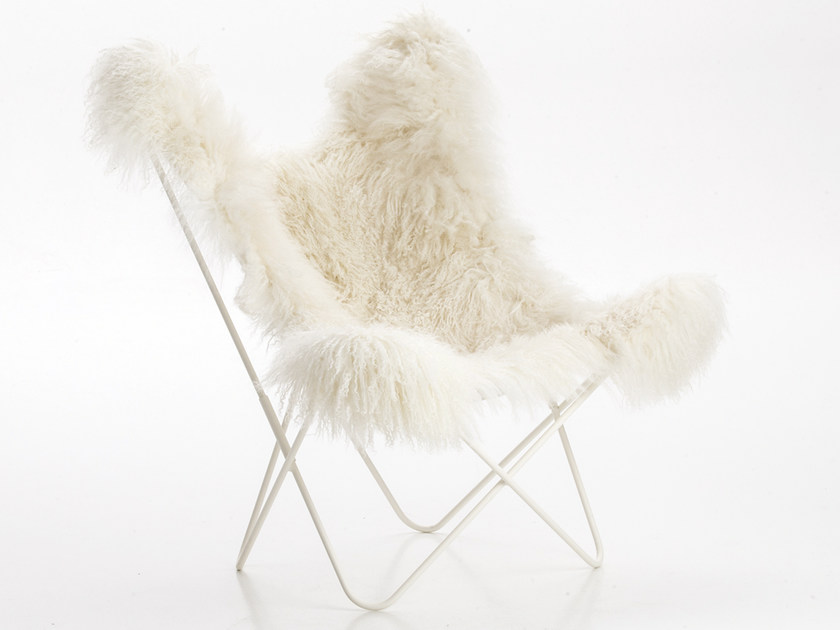 Folding fur armchair AA© LHASSA by AIRBORNE