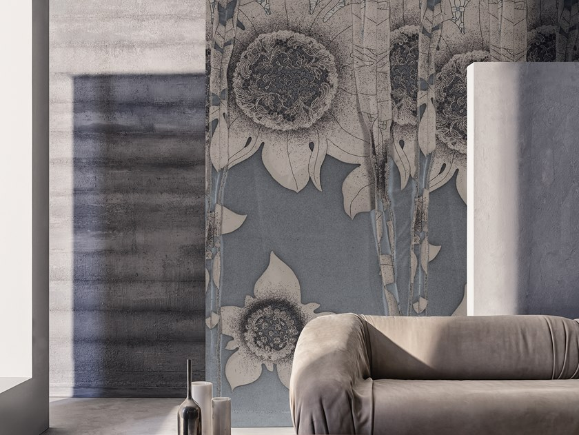 Wallpaper with floral pattern THEA by Wall&decò
