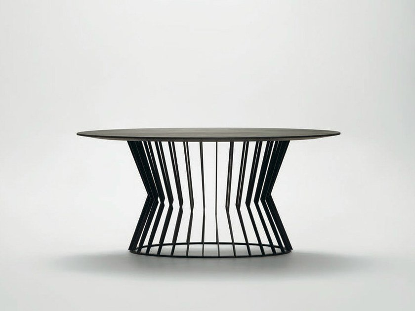 Round metal table TIE | Round table by da a