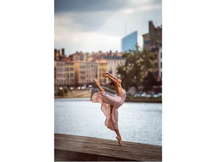 Stampa fotografica TIFFANY PER DANCE IN LYON by Artphotolimited