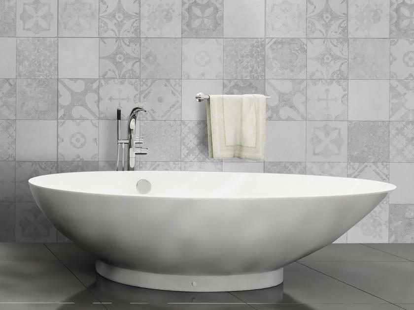 Glass-fibre bathroom wallpaper TILE by Wall LCA