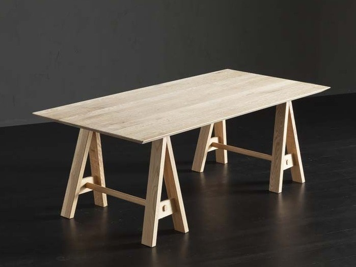 Rectangular wooden dining table TOLEDO + HORSE by AltaCorte