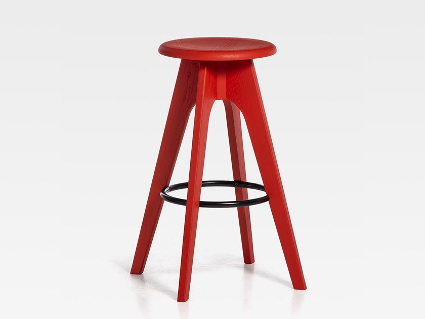 Lacquered wooden stool with footrest TOMMY 76 | Lacquered stool by SIPA