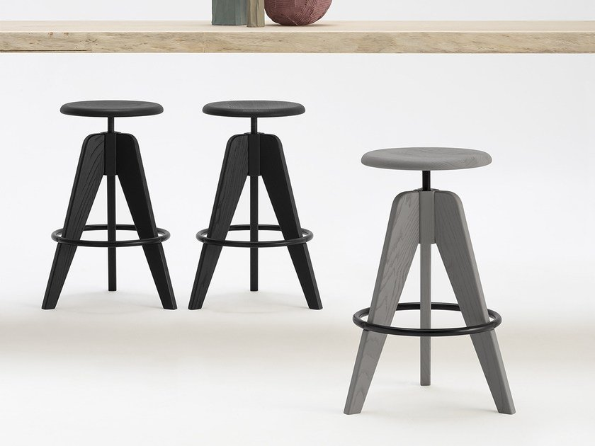 Height-adjustable solid wood stool TOMMY by SIPA