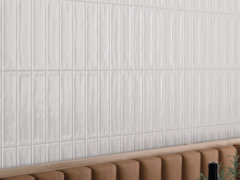 Indoor porcelain stoneware wall tiles TR3ND MAJOLICA SHINY WHITE by Ergon by Emilgroup