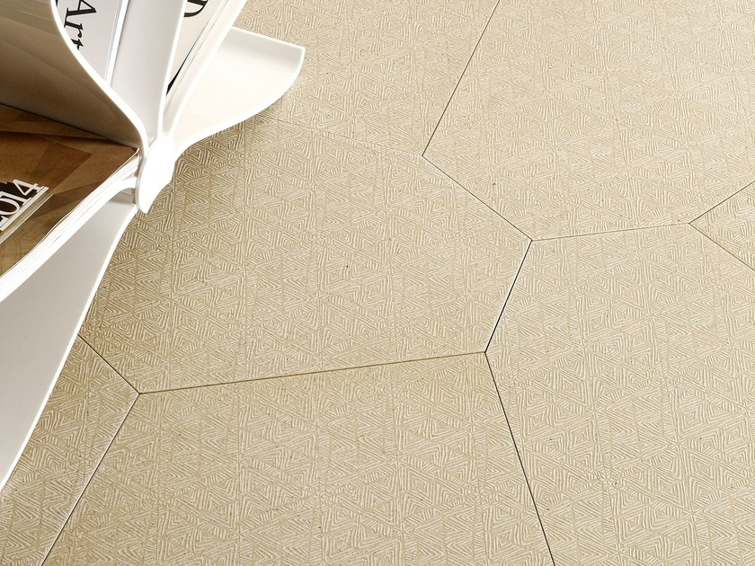 Natural stone wall/floor tiles TRACCE POLIGONO6 GREIGE by TWS