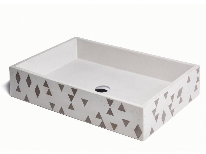 Countertop rectangular concrete washbasin TRACCIA by URBI et ORBI