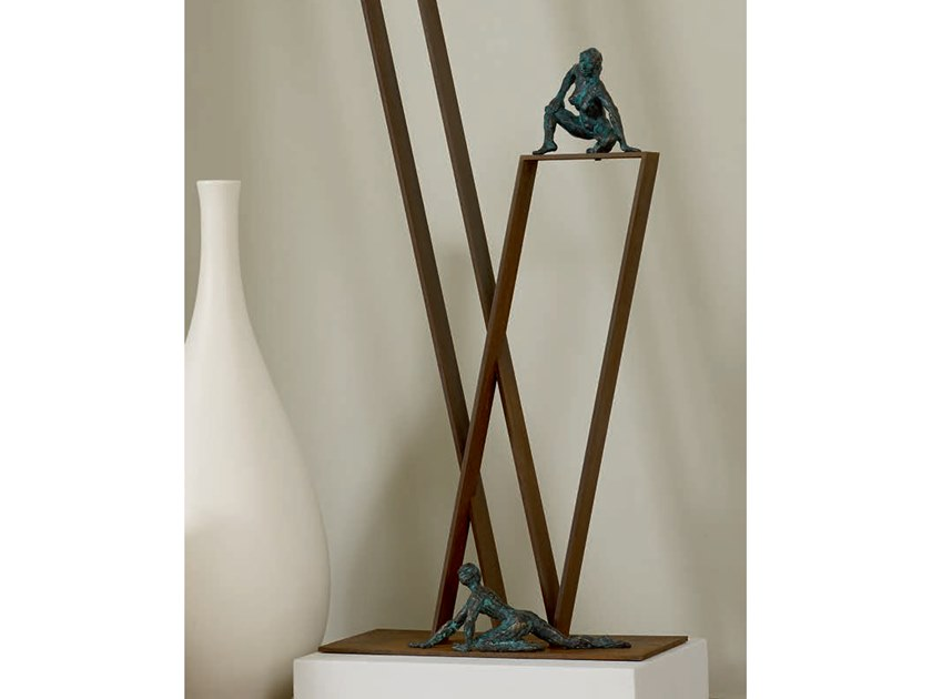 Bronze sculpture TRACE by Gardeco