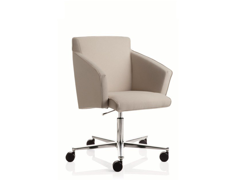 Swivel task chair with 5-Spoke base with armrests BUSINESS CLASS | Task chair with 5-Spoke base by Emmegi