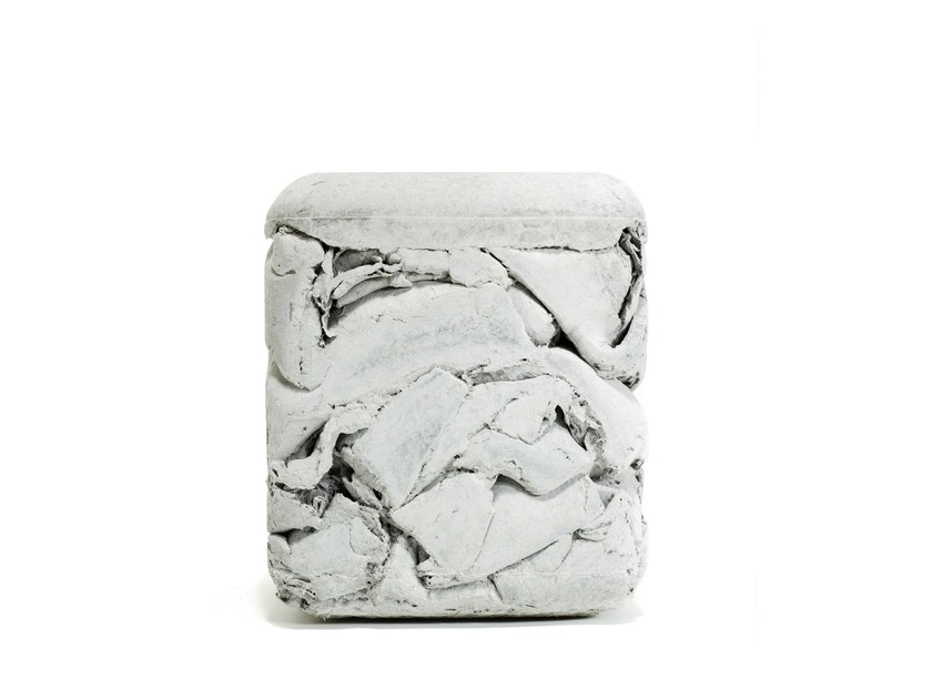 Low cement garden stool TRASH by SWISSPEARL Italia