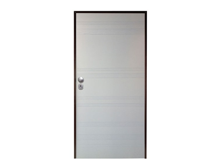 Lacquered safety door TRAVERSO by NUSCO