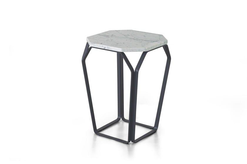 TRAY 1   Tavolino in marmo di Carrara
