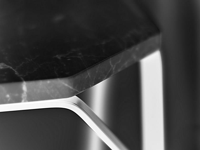 TRAY 3   Tavolino in marmo