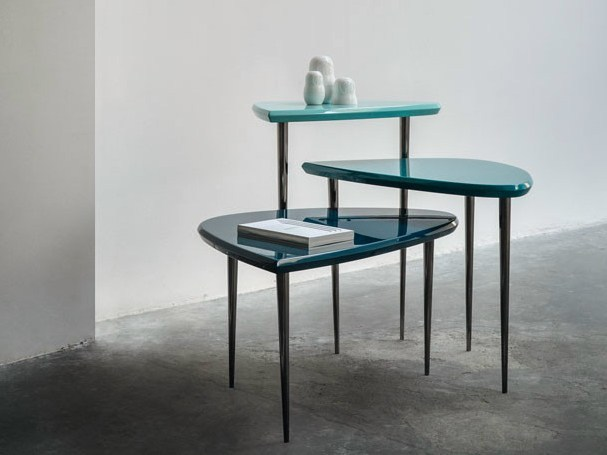 Lacquered coffee table TRIPEDE by Bodema