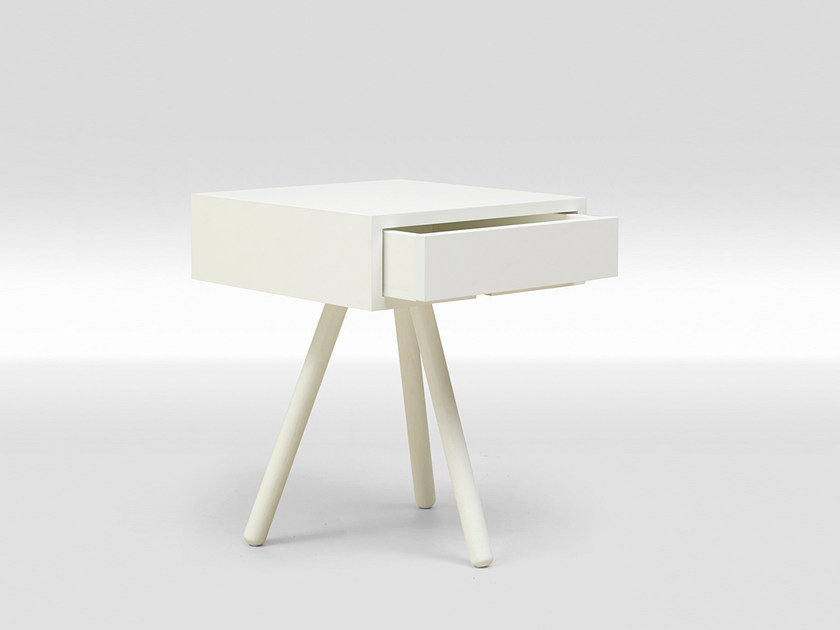 Lacquered square bedside table with drawers TRIPOD LACQUERED | Bedside table with drawers by Loof