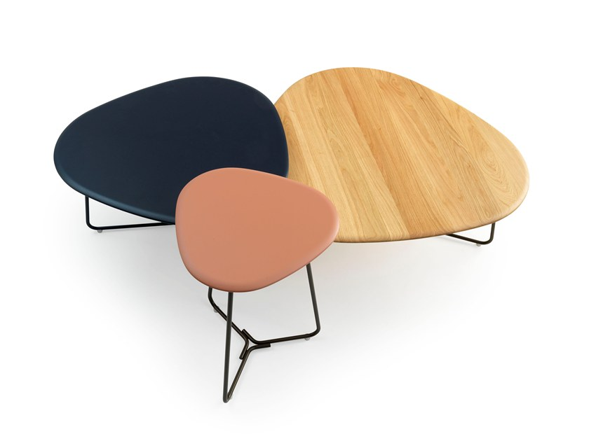 TRIPOD | Table basse laquée By Pode design Stephan Veit