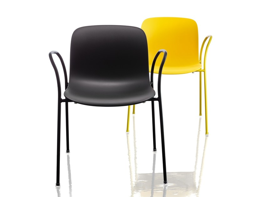 Stackable polycarbonate chair with armrests TROY | Chair by Magis