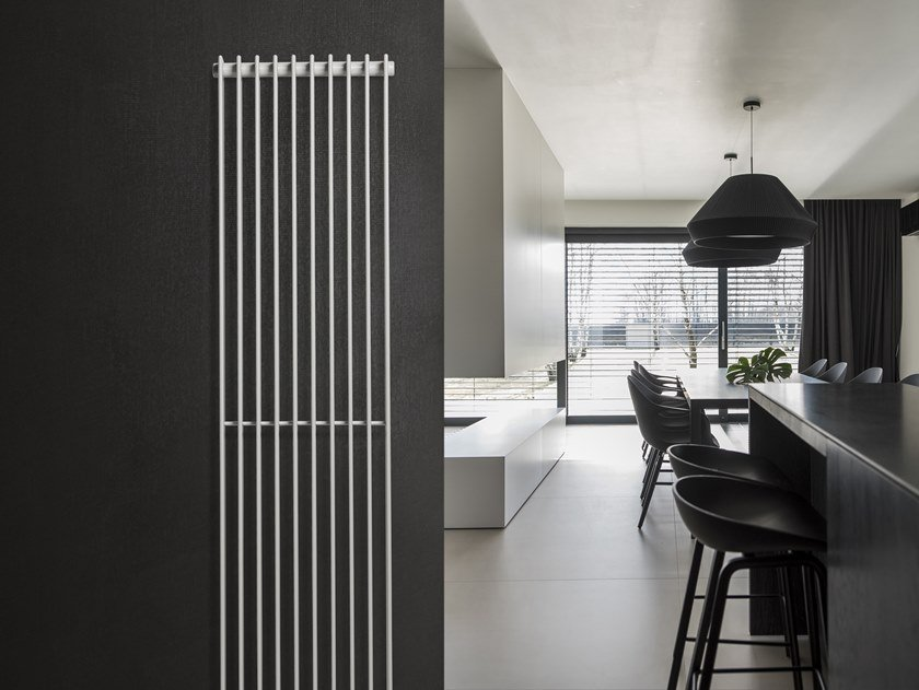 Wall-mounted steel decorative radiator TULIPA by VASCO