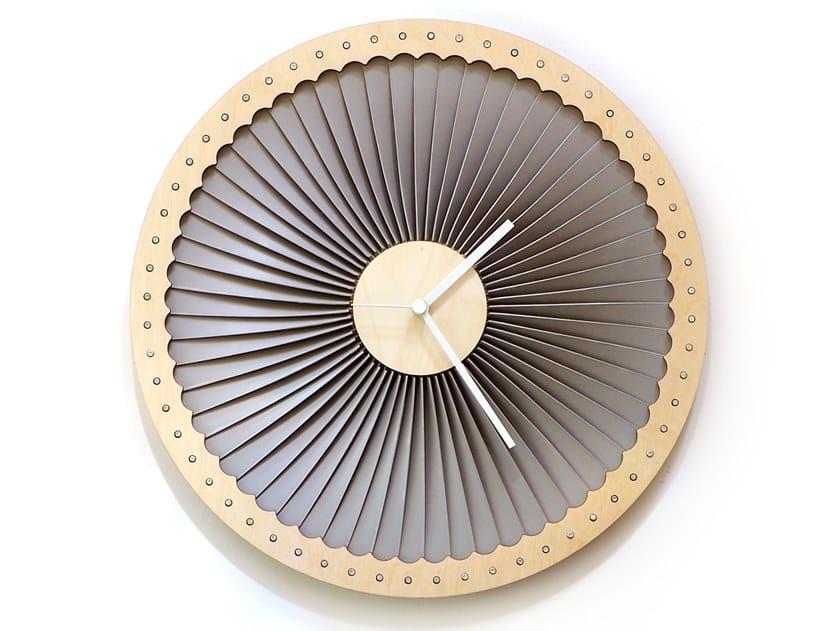 Orologio in compensato da parete TURBINE by Ardeola