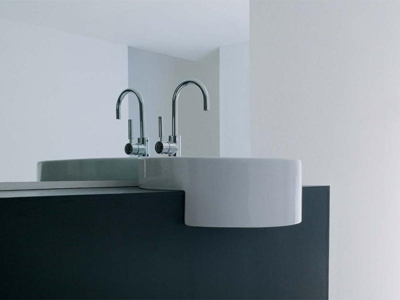 Semi-inset ceramic washbasin TWIN SET 52 | Semi-inset washbasin by CERAMICA FLAMINIA